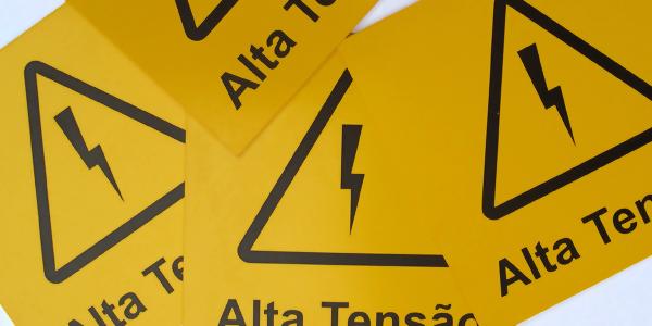 40b01d68a7aa2 Placas de sinalização de segurança   Oficina de Sinalização