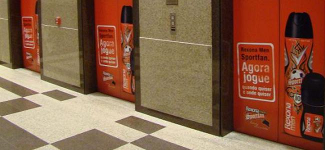 Adesivo de elevador